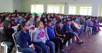 Lavrinhas recebe teatro infantil em parceria com a CCR