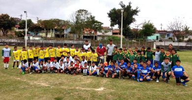 Festival de Futebol reúne participantes de escolinhas de futebol